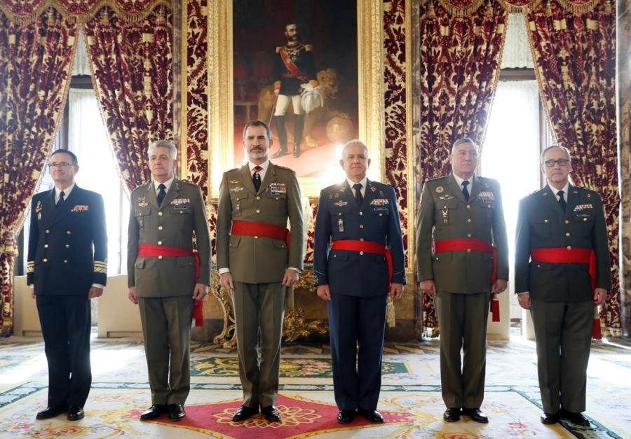Casa Real Casa Real El rey Felipe VI recibe a un grupo de generales