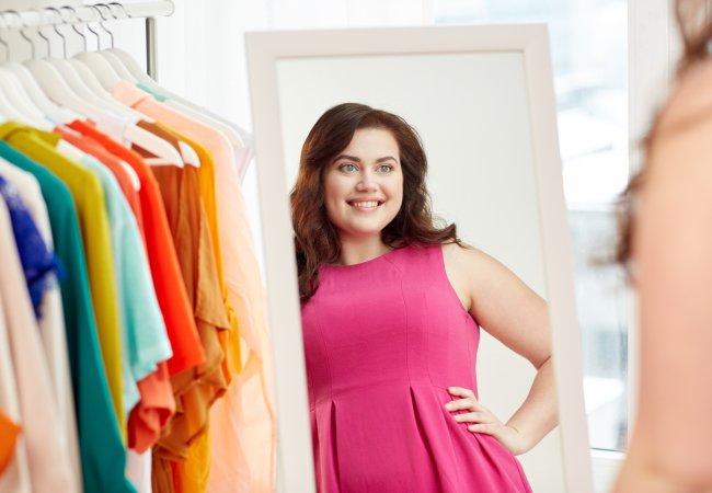 Moda Moda 10 'reglas' de moda que una mujer 'plus size' no debe seguir jamás